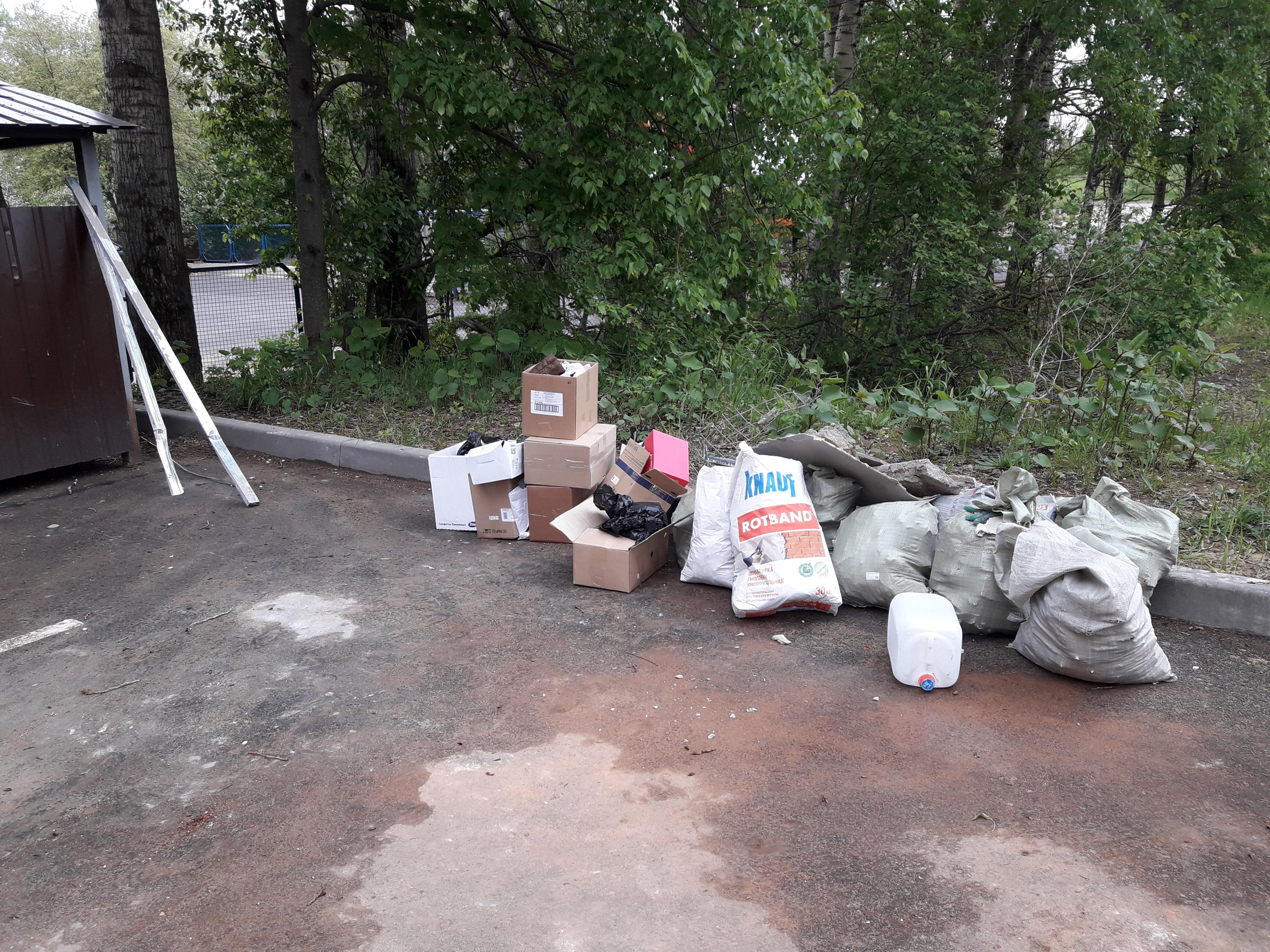 можно ли выкидывать строительный мусор в контейнер