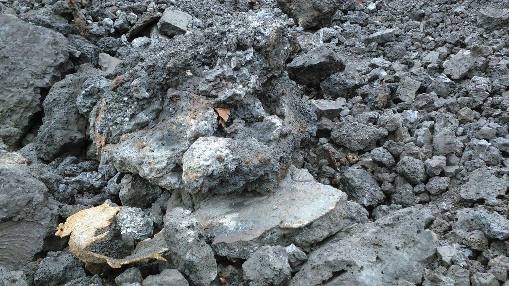 каменные шлаки