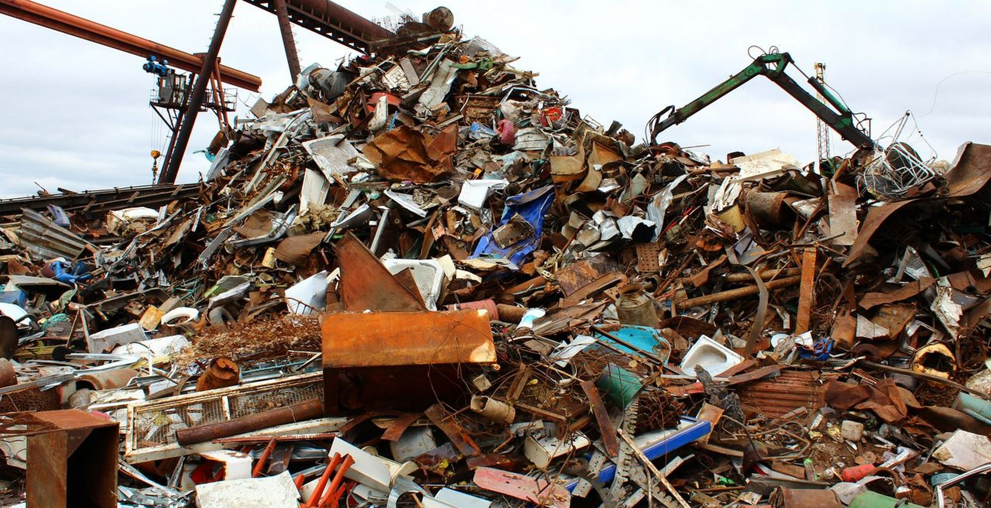 свалка промышленного мусора