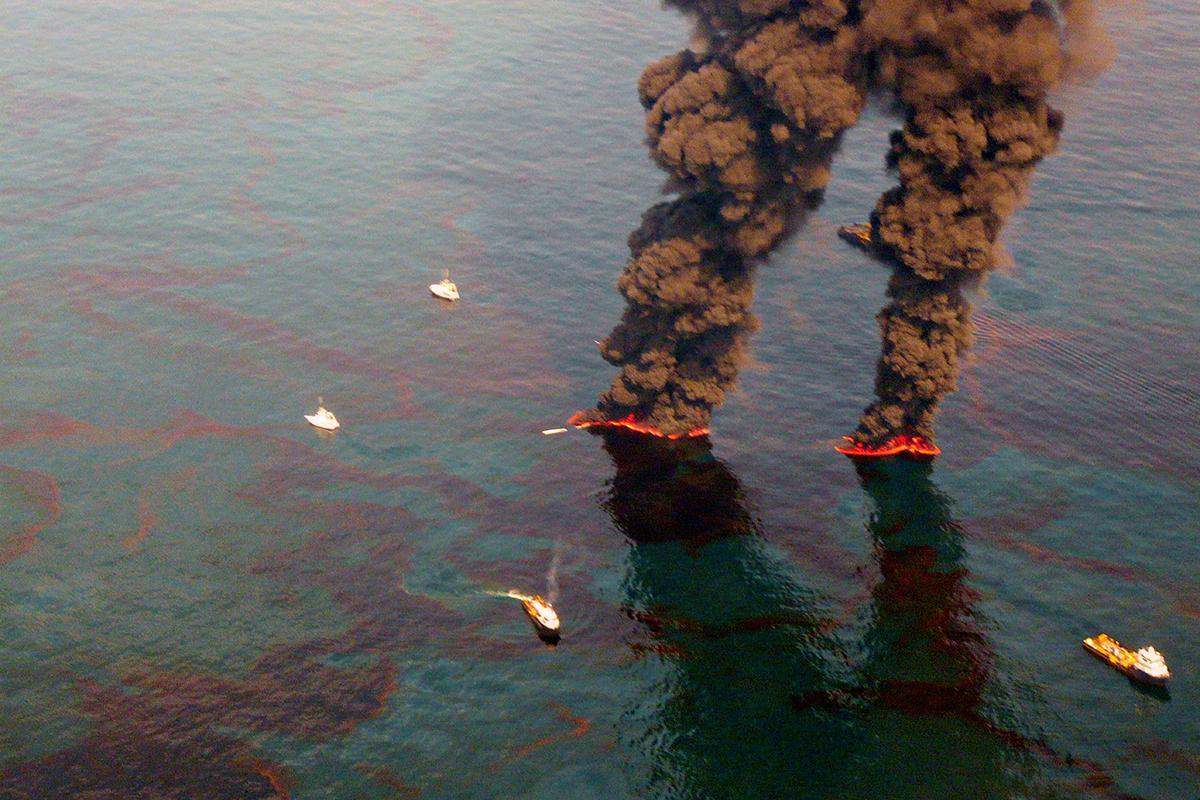 Мировой океан загрязнен нефтью