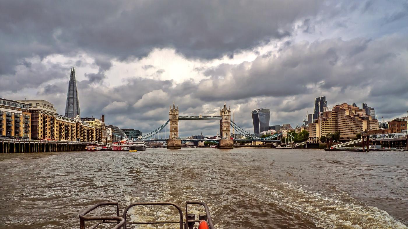 вода в реке Темза