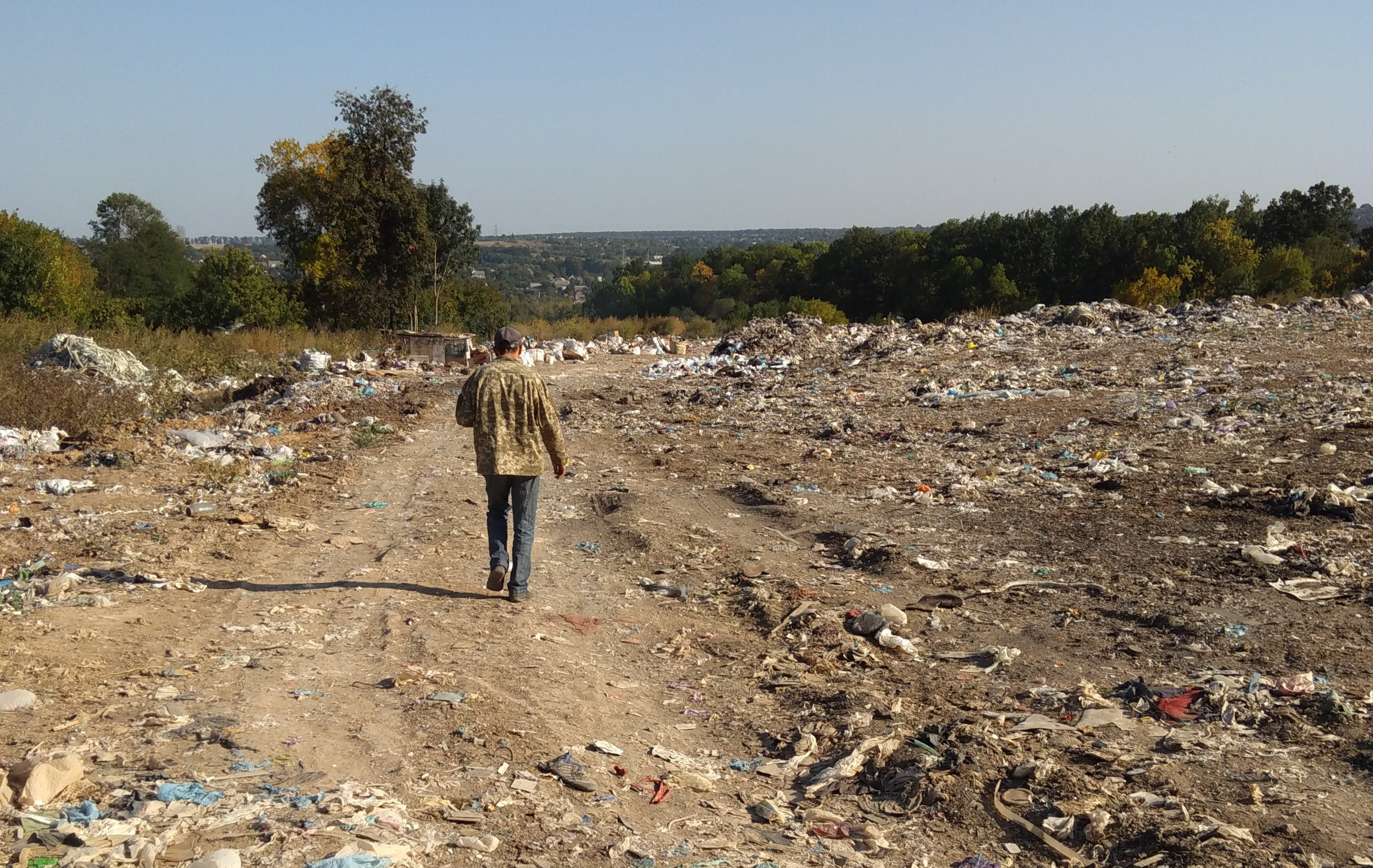 Вред от мусора почве