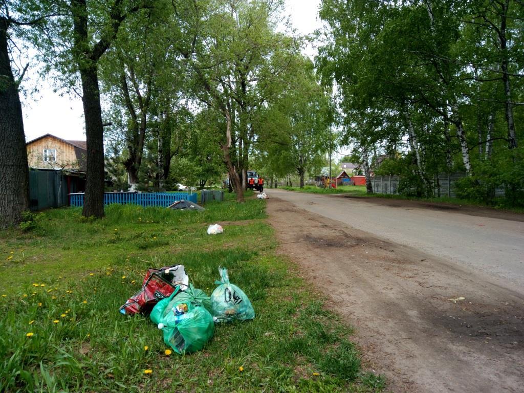 мусор в ненадлежащих местах