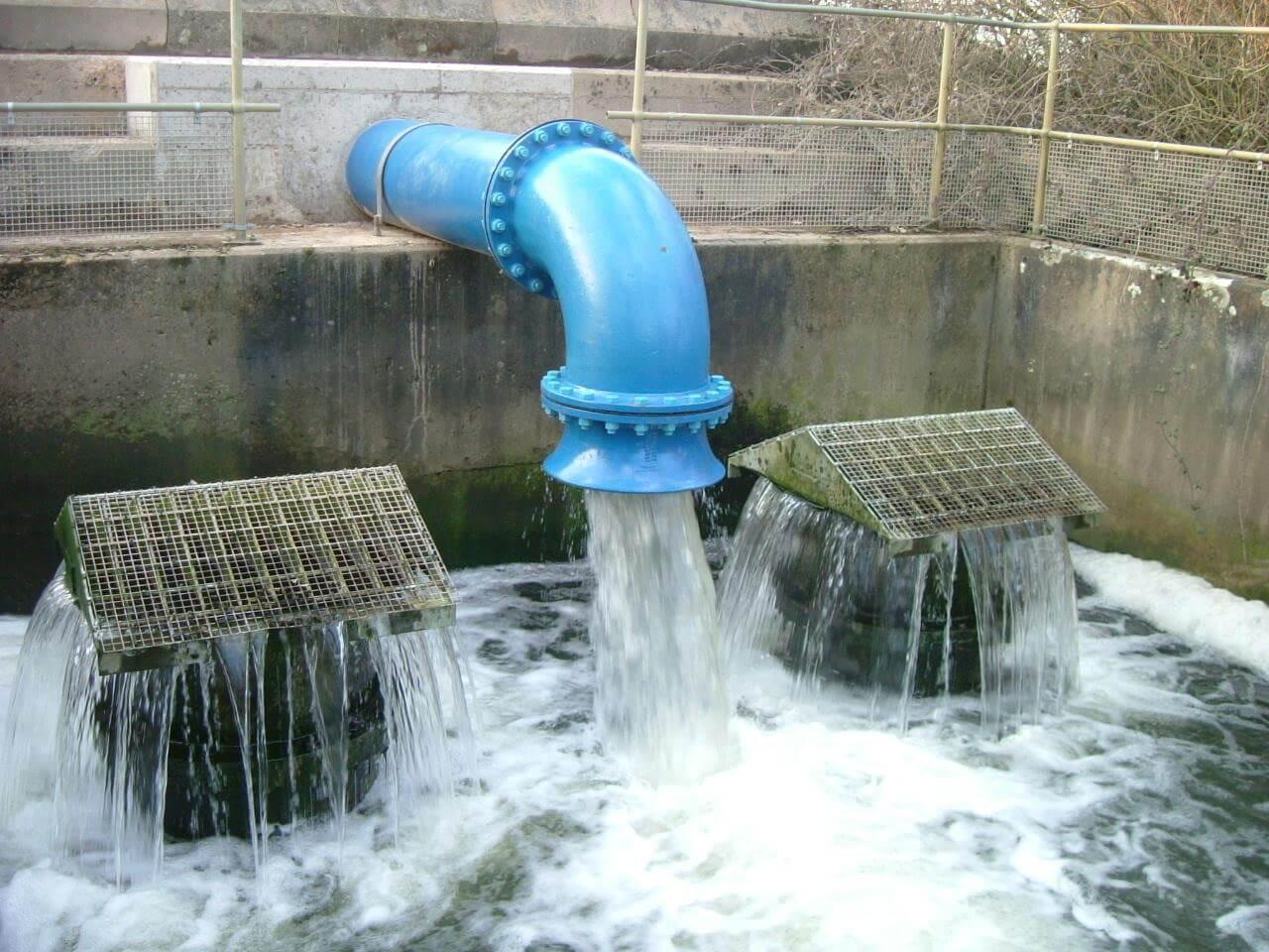 Сброс стоков в проточные водоемы