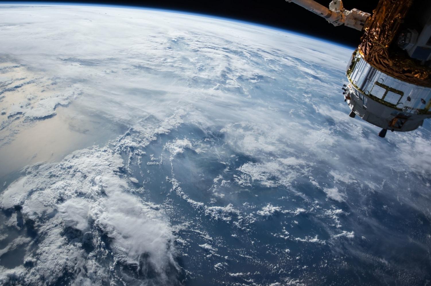 озоновый слой из космоса